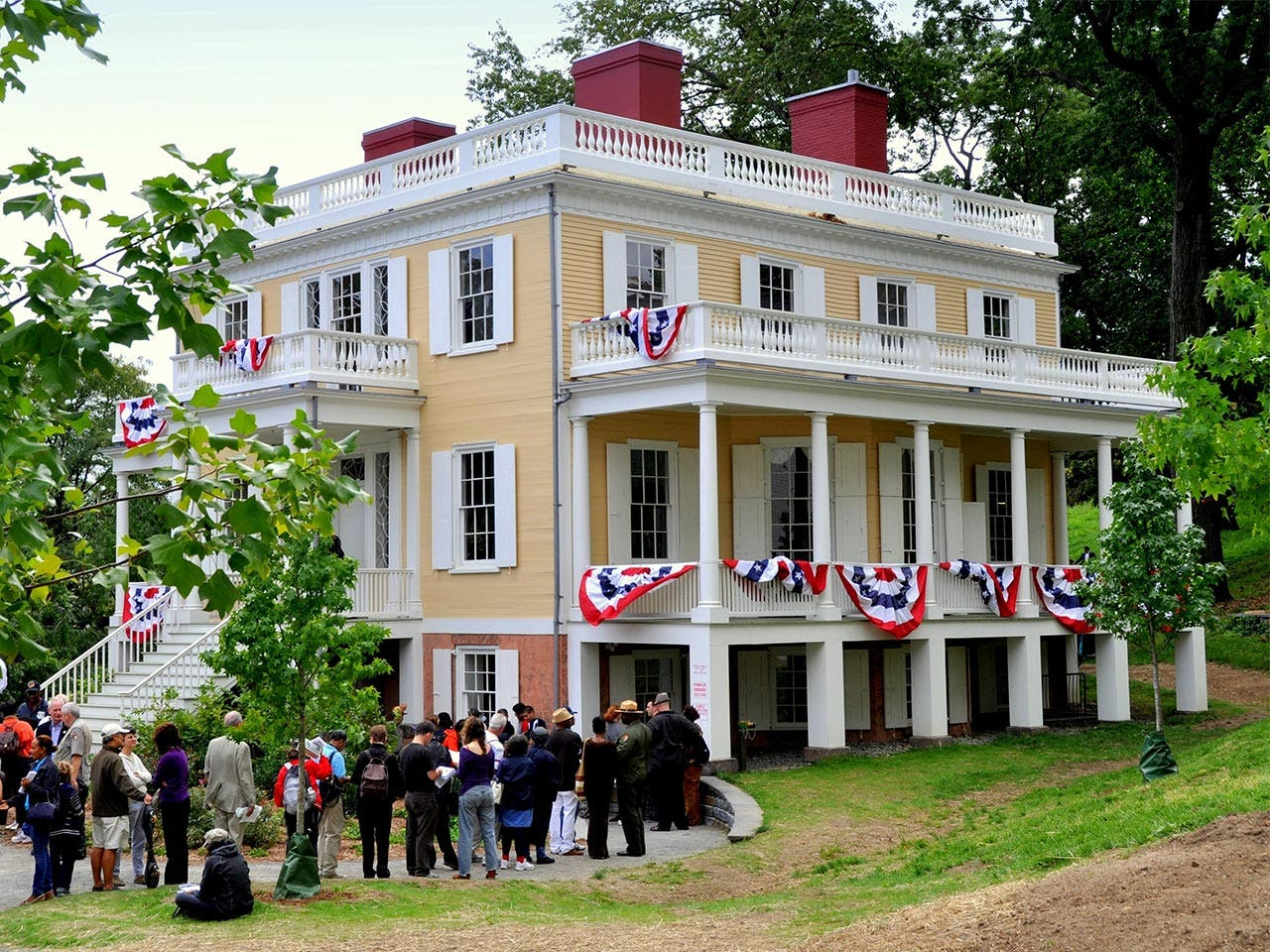 House of Alexander Hamilton | LEE SNIDER PHOTO IMAGES/Shutterstock.com