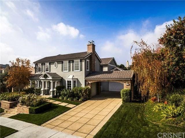 Side profile of house | Realtor.com