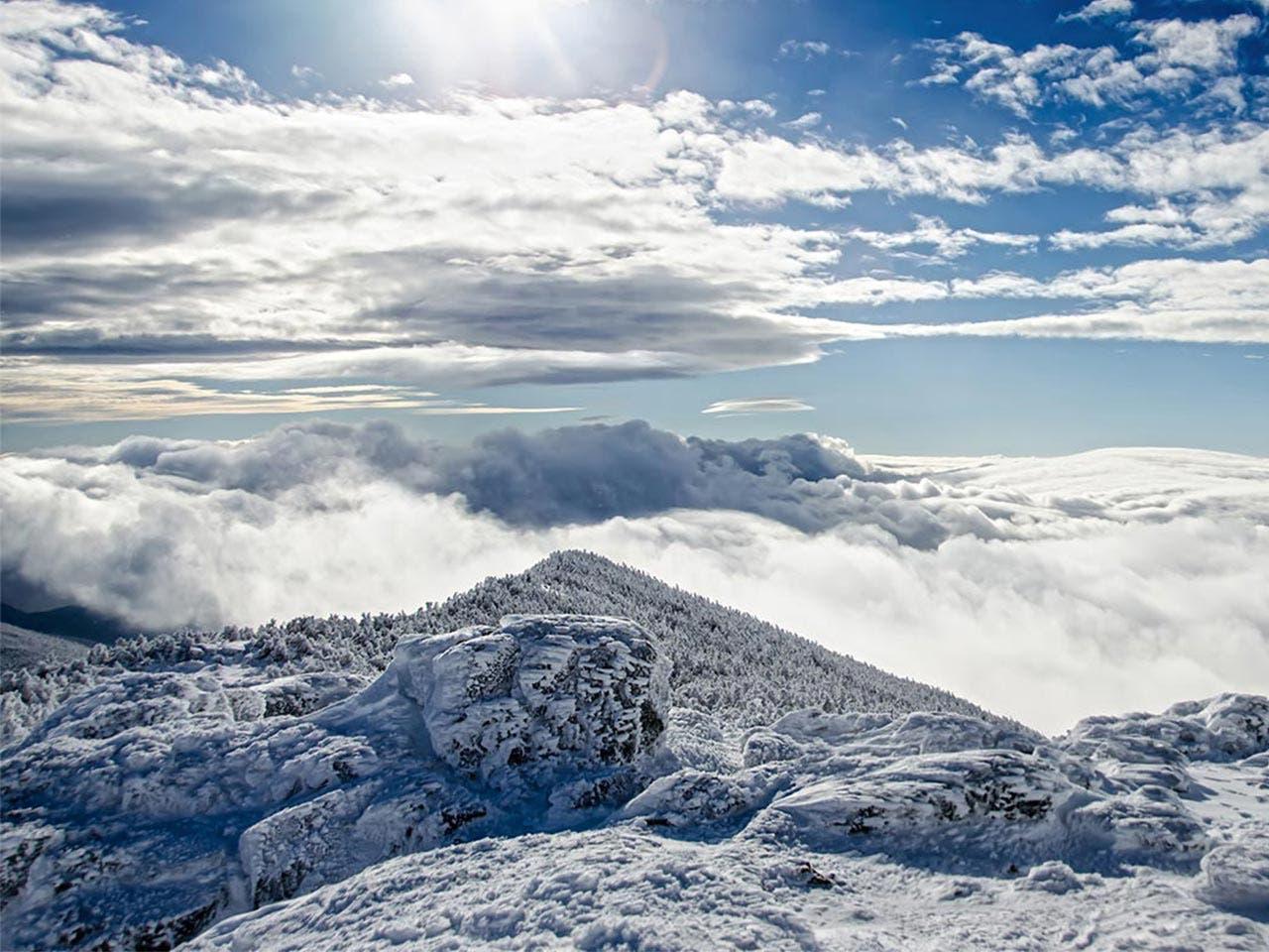 Travel   Christopher Slesarchik/Shutterstock.com