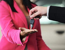 10 car-buying tips for 2014 © Zurijeta/Shutterstock.com