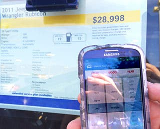 Smartphone app compares prices