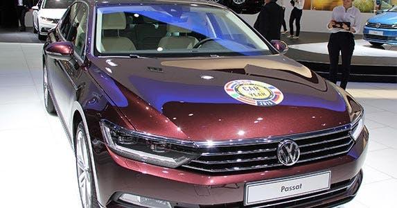 Volkswagen Passat 1.8T S | Volkswagen