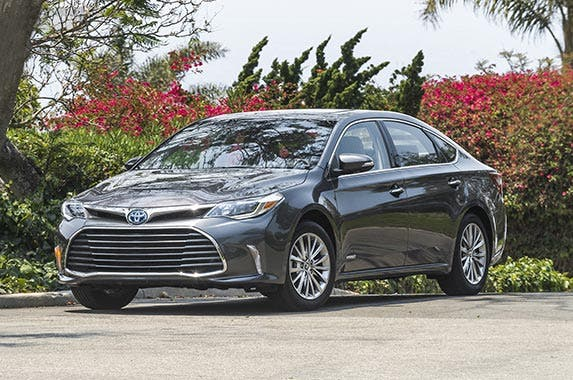 Toyota Avalon Hybrid | Toyota