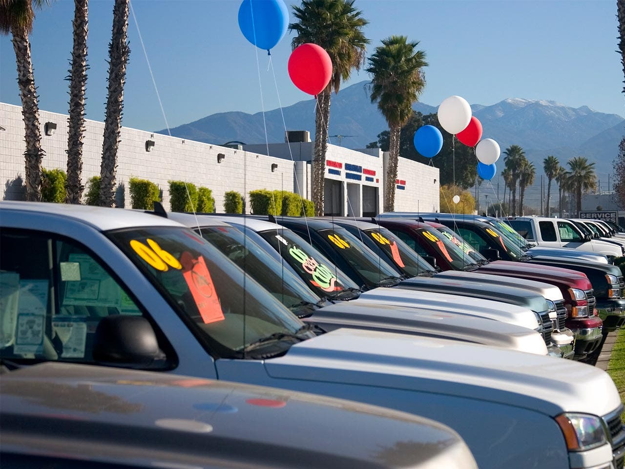 Car shopping tips from insiders driving the best deal for your line of cars at used car lot magicingreecefo Image collections