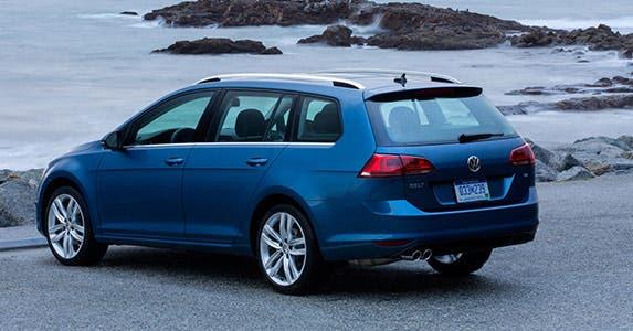 2015 Volkswagen Golf SportWagen TDI © Volkswagen