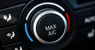 AC controls on dashboard © Alexandru Nika/Shutterstock.com