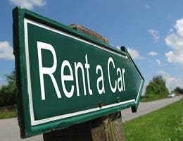Save money on rental cars © Pincasso/Shutterstock.com