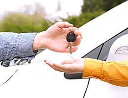 Consider car sharing © Africa Studio/Shutterstock.com