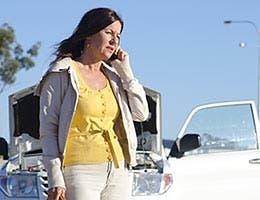 Don't neglect car maintenance © Rob Bayer/Shutterstock.com