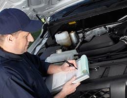 Get a second opinion on car repairs © kurhan/Shutterstock.com