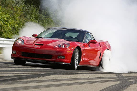 2013 Chevrolet Corvette ZR-1 | © General Motors