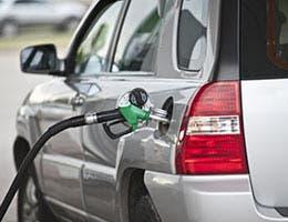 6 fuel-economy fantasies © Maksim Vivtsaruk/Shutterstock.com