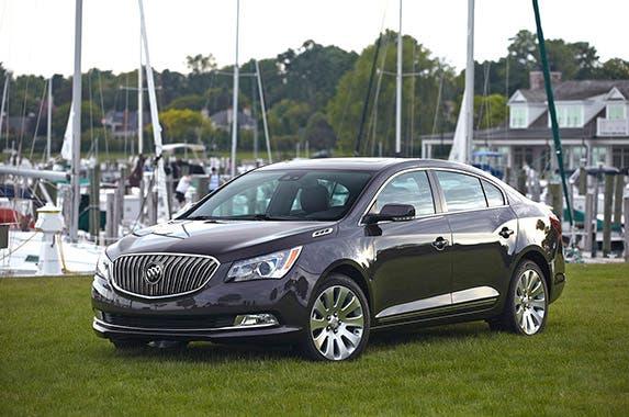 Buick LaCrosse Premium I © General Motors