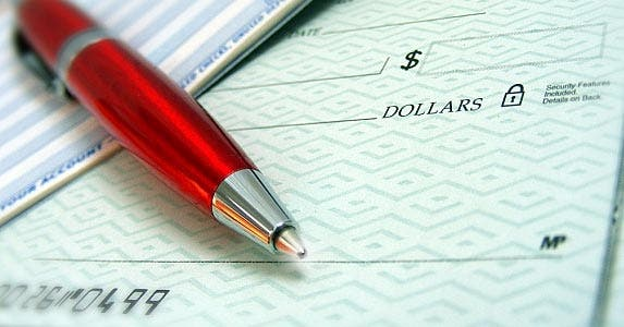 Pay bills and taxes © HaywireMedia / Fotolia