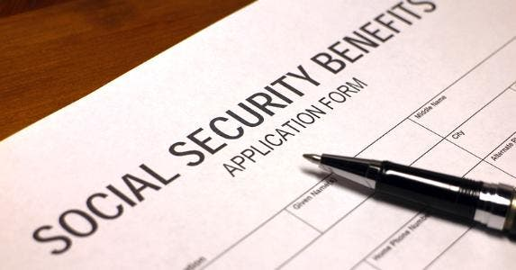 Social Security benefits application form © iStock