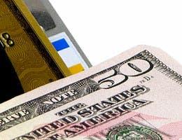 Stop using your credit or debit card © Designpro Studio/Shutterstock.com