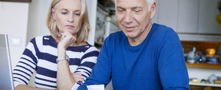 mature-oldermen-seniorstures