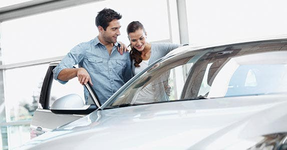 Be a smarter car buyer © iStock