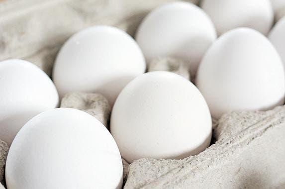 Eggs © Sylvie Bouchard/Shutterstock.com