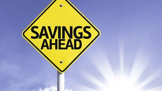 Save money in 5 minutes © Gustavo Frazao/Shutterstock.com