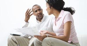 African American couple arguing over bills © bikeriderlondon/Shutterstock.com