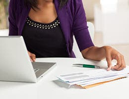 Pay your own debts © Cheryl Savan/Shutterstock.com
