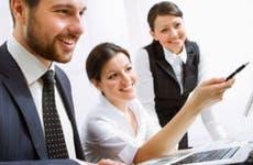 Business people in a meeting using computer © Konstantin Chagin/Shutterstock.com