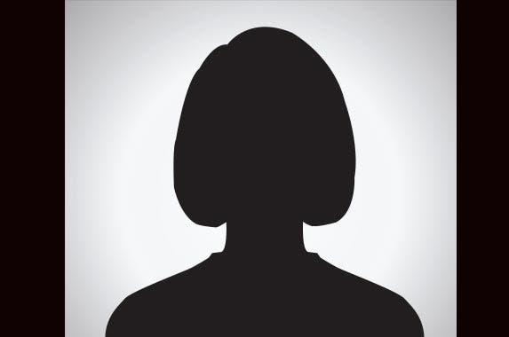 Blair Parry-Okeden | jakkapan/Shutterstock.com