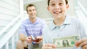 5 tips for raising money-smart kids