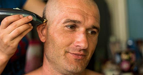 Trim your razor budget © De Visu/Shutterstock.com