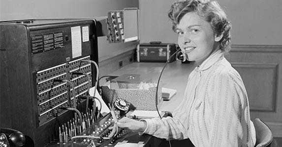 Telephone operators | H. Armstrong Roberts/ClassicStock/Getty Images