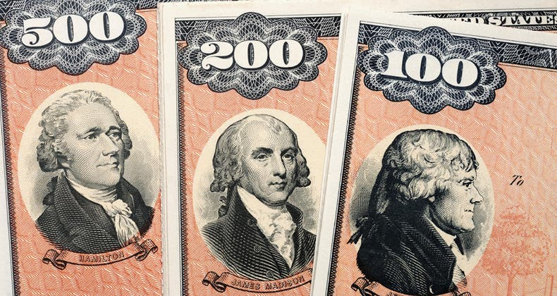 how do i buy a paper us savings bond The united states treasury stopped selling paper savings bonds after 2011, but you can still buy savings bonds as gifts gift bonds are available as electronic savings bonds.