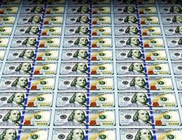 Myth 3: The Fed prints money © Rashevskyi Viacheslav/Shutterstock.com