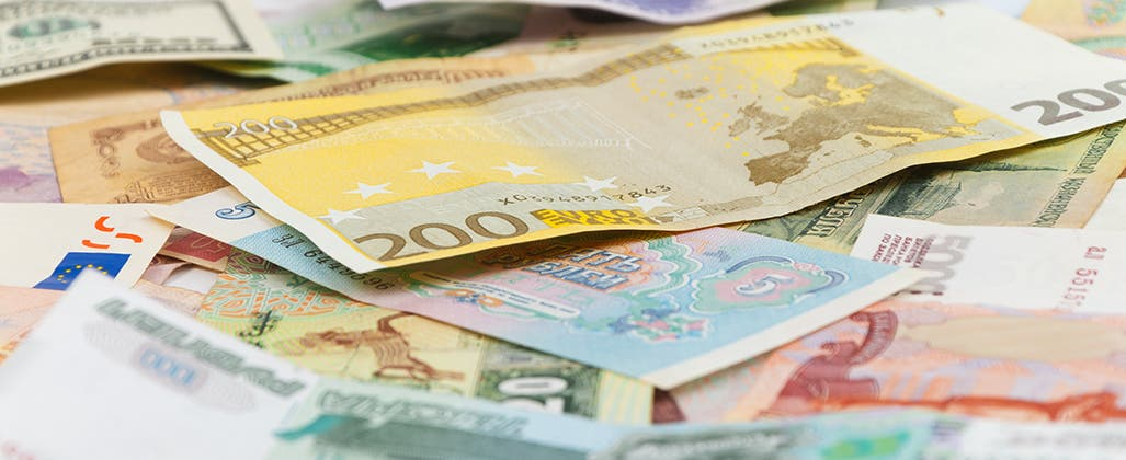 4 Ways To Minimize Foreign Currency Risk Bankrate Com