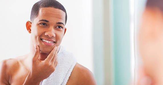 Finally, use your shaving oil! © iStock