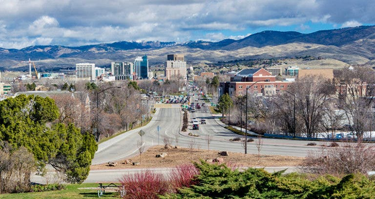 Top 10 college towns in the US — for retirees