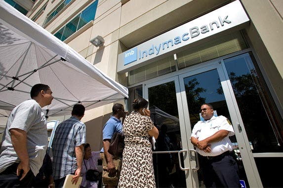 10 bank failures on a scary scale © Ted Soqui/Ted Soqui Photography USA/Corbis