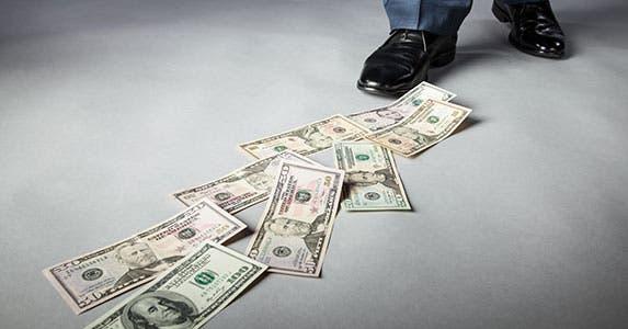 Follow the money © Maryna Pleshkun/Shutterstock.com