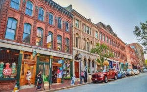 Maine shopping street