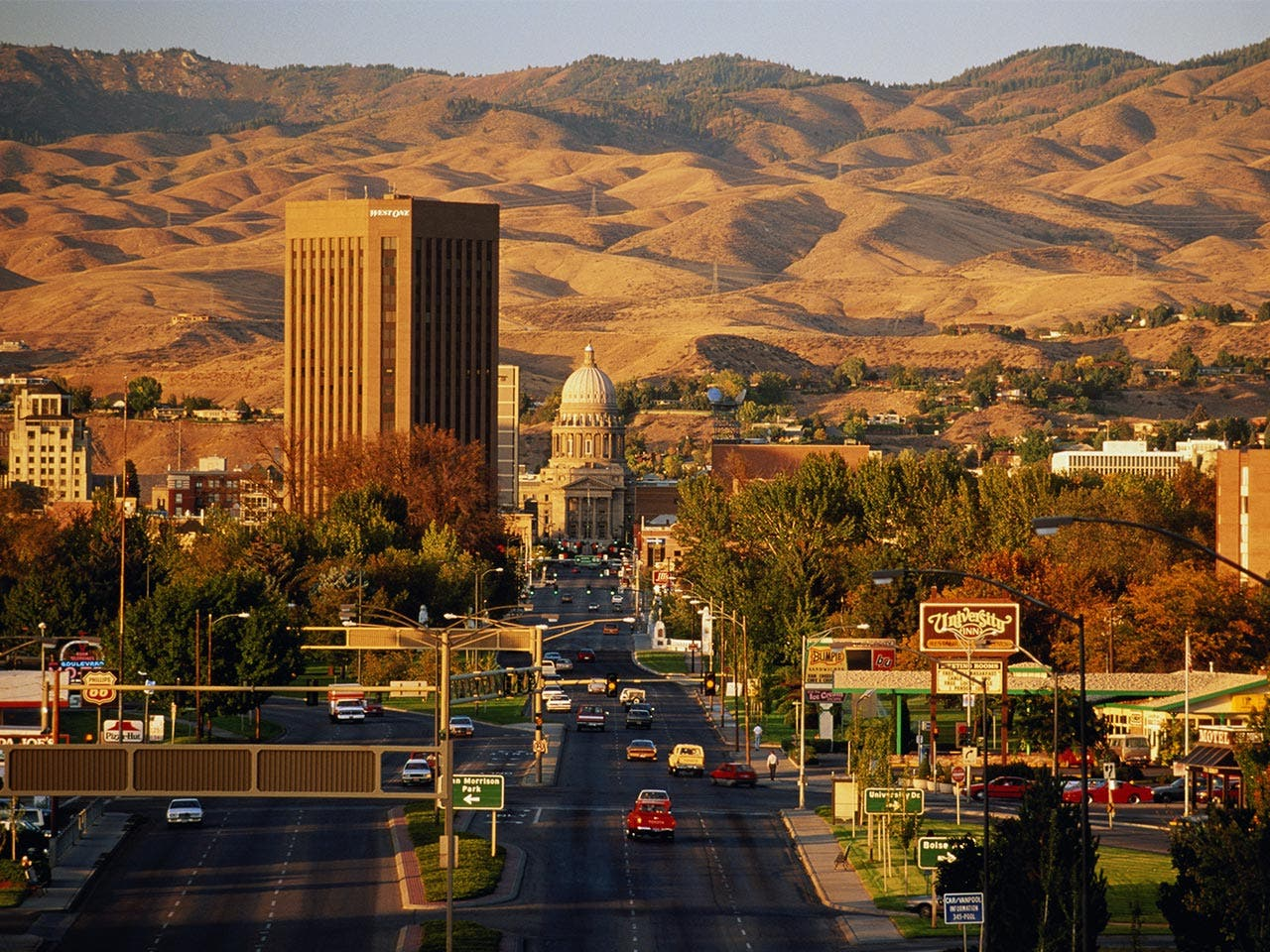 City in Idaho by the moutnains