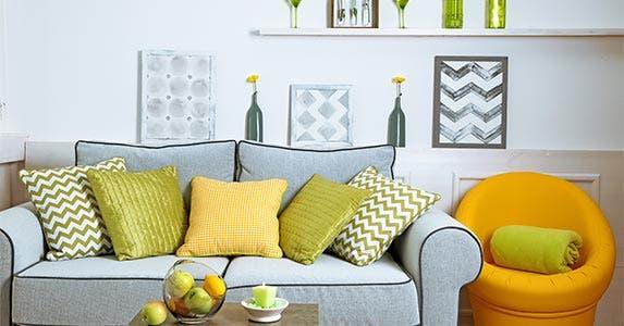 5 cheap home-staging ideas   Africa Studio/Shutterstock.com