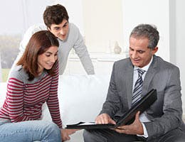 Give buyers a choice © Goodluz/Shutterstock.com