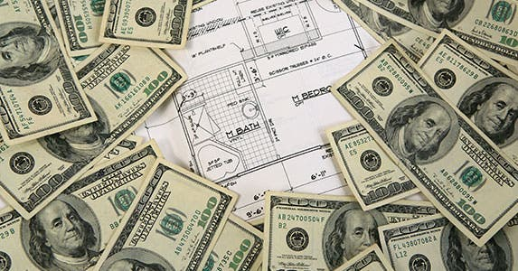 Cut the money flow © Robynrg/Shutterstock.comm
