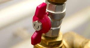 Gas knob © Peter Gudella/Shutterstock.com