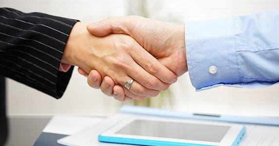 5. Negotiate a fallback plan | iStock.com/BernardaSV