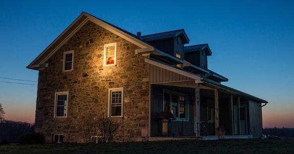House at night © iStock