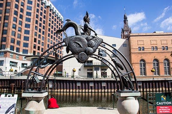 Milwaukee, Wisconsin © Sue Stokes/Shutterstock.com