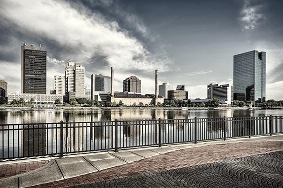 Toledo, Ohio © Michael Shake/Shutterstock.com
