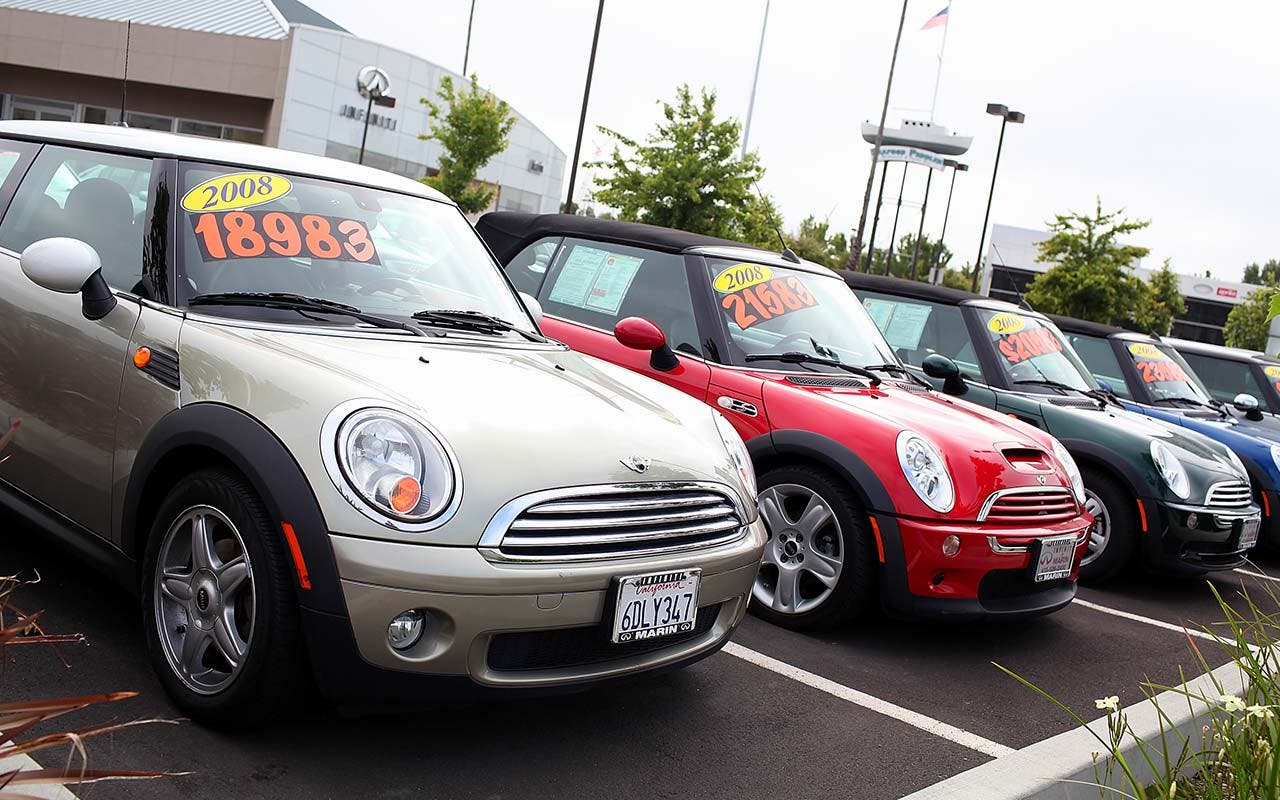 Line of 2008 Mini Coopers for sale
