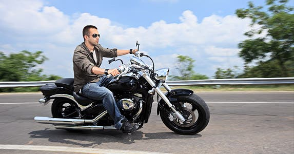 Easy ridin' the right way © Ljupco Smokovski / Fotolia